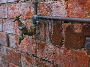 bevroren waterleidingen